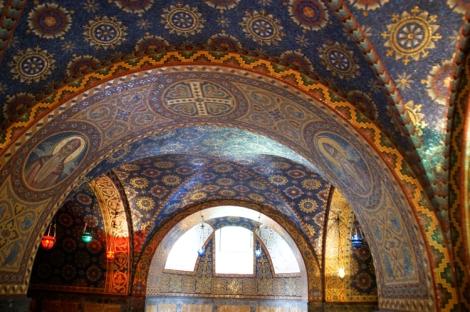 Oplenacin kuninkaallisen mausoleumin mosaiikkeja.