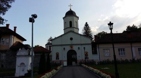 Rakovica on nunnaluostari aivan Belgradin kupeessa. Sinne on haudattu patriarkka Pavel (1914-2009).