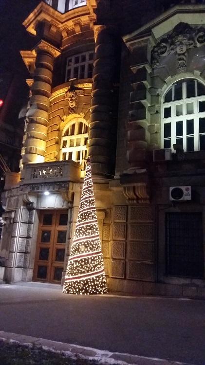 Hallitusrakennus Belgradissa.